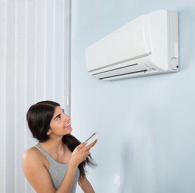 woman with air con 400x400